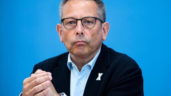 © Bernd von Jutrczenka