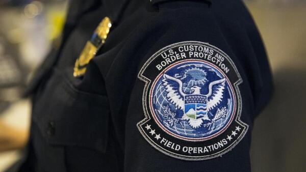 © Glenn Fawcett/CBP